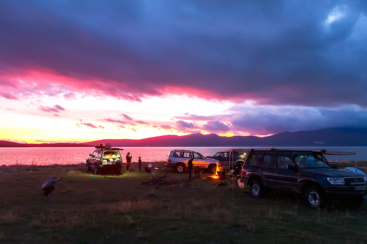 The colours of the sunset at Buško jezero (lake), BiH. The perfect bivouac with great campfire.