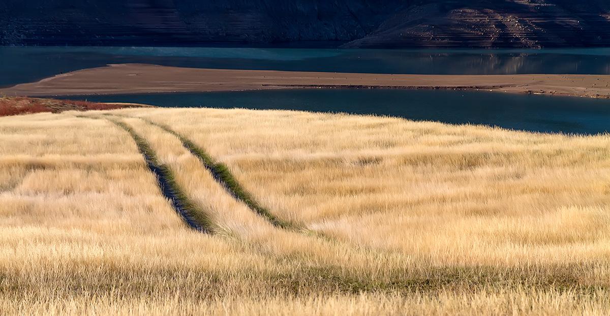 The paths at Ramsko jezero (lake), BiH