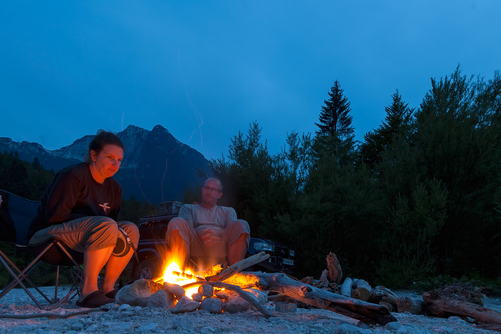No bivouac is perfect without fire.