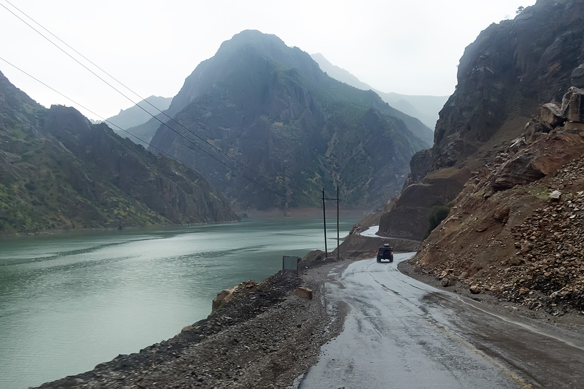 The flooded lower part of the valley with the new road leading to the exit of the valley.