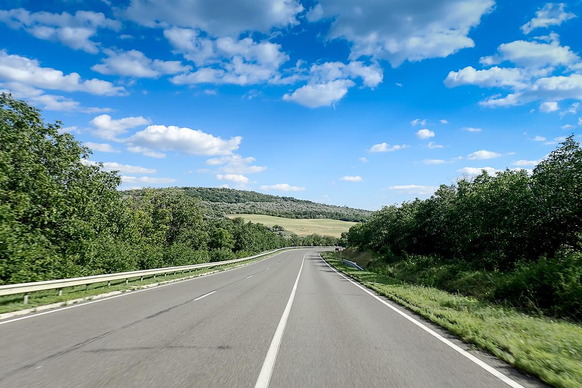 Prenovljene glavne moldovske ceste okoli Kišinjeva.